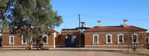 Outside of Gladstone Gaol